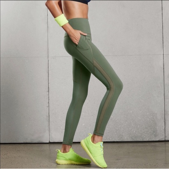 c8d258efa682d Victoria's Secret Pants | Nwot Vsx Knockout Leggings Wpockets | Poshmark
